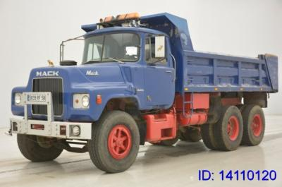 MACK DM609.6X4