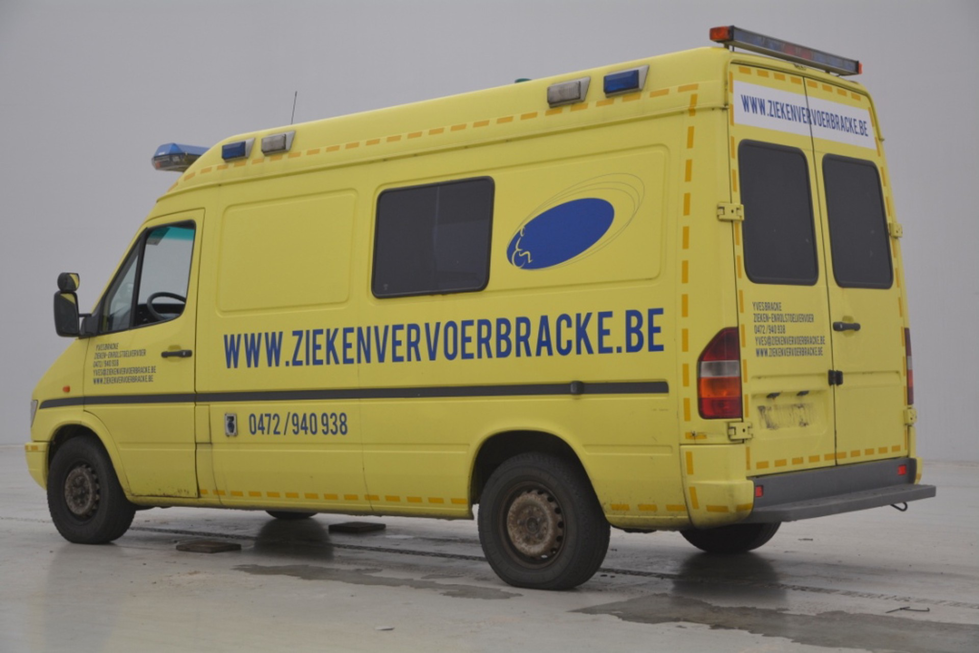 Mercedes-Benz Sprinter 312D Ambulance