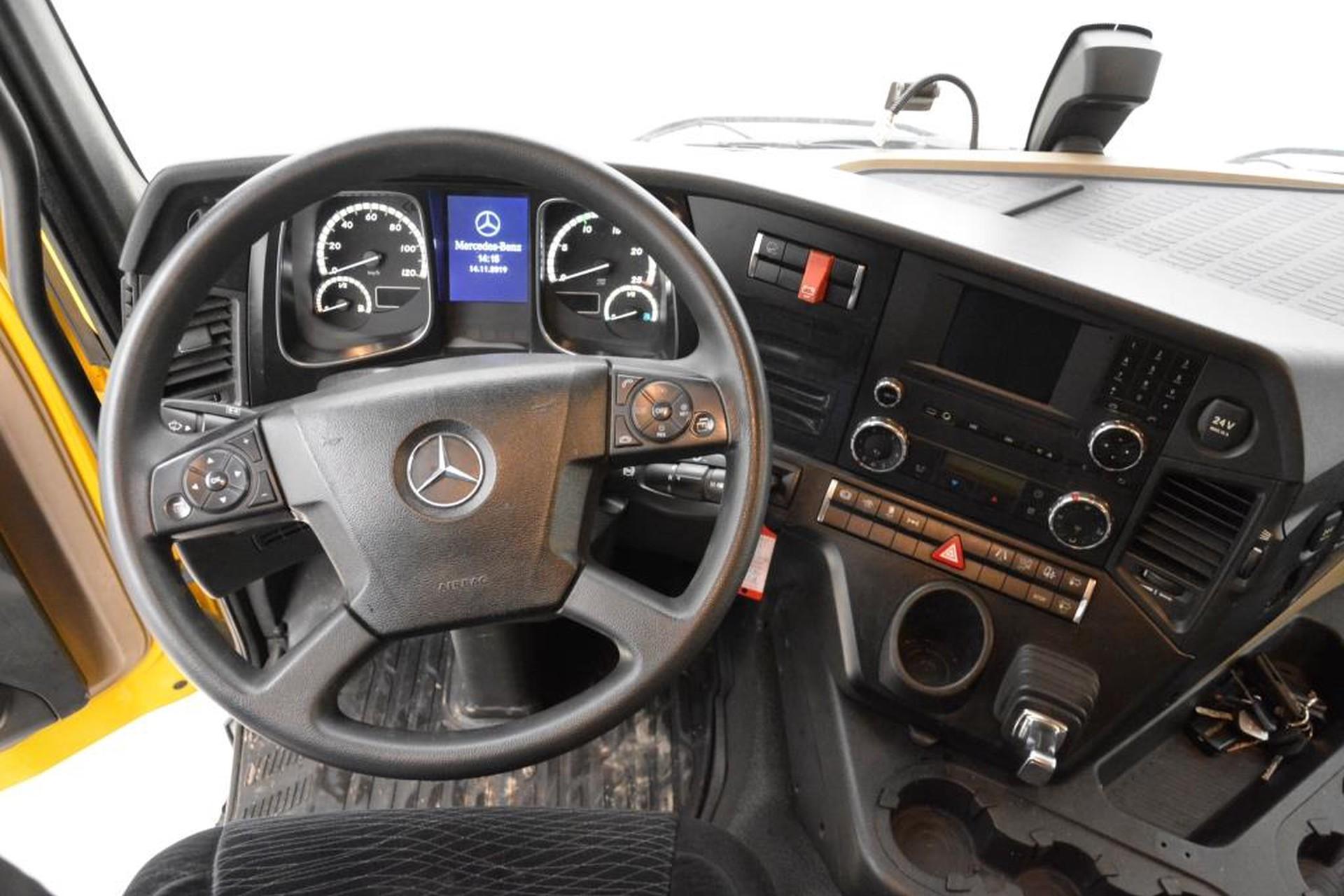 Mercedes-Benz Actros 1840LS