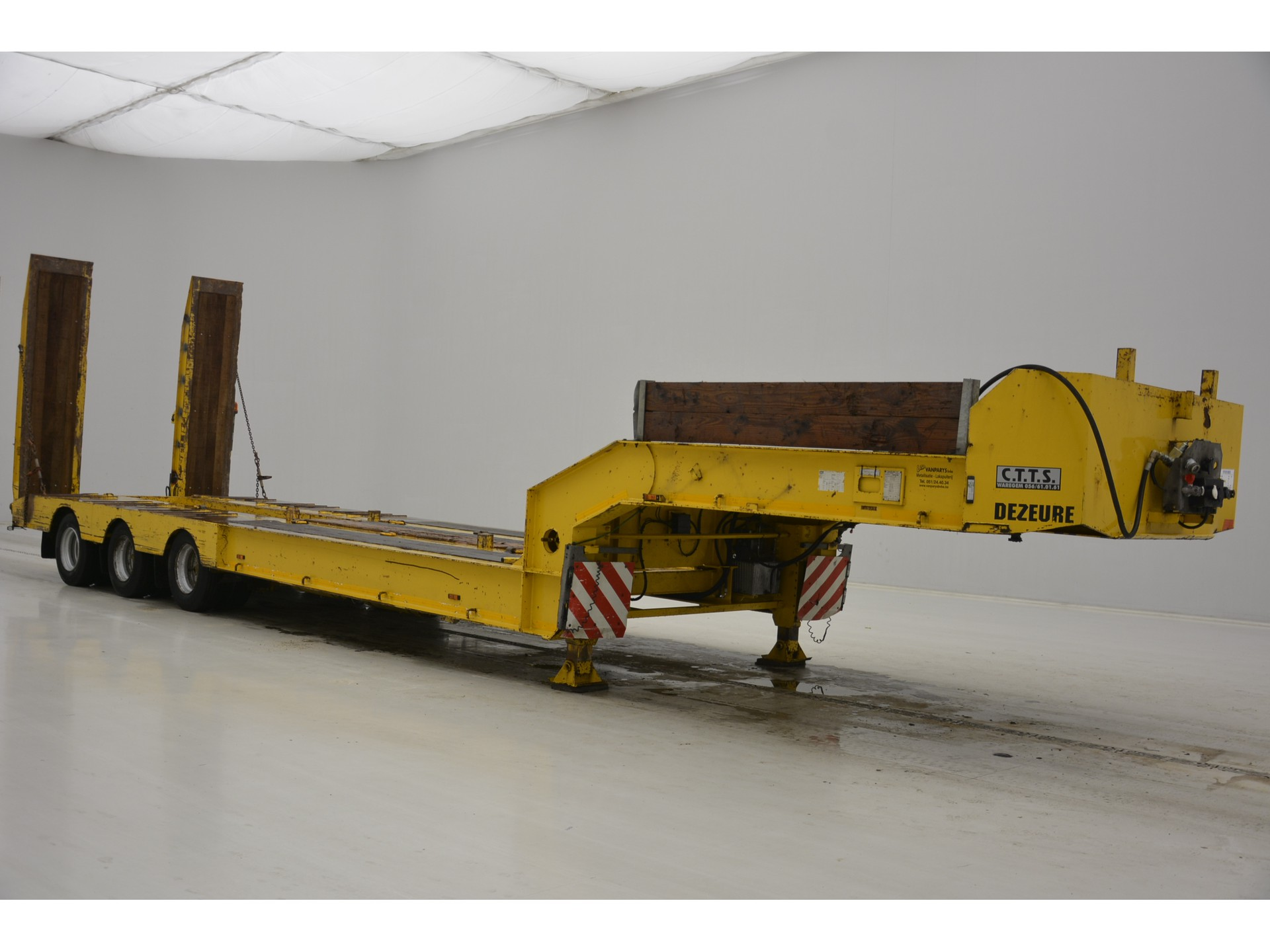 Dezeure Low bed trailer