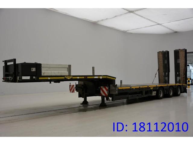 Broshuis Low bed trailer