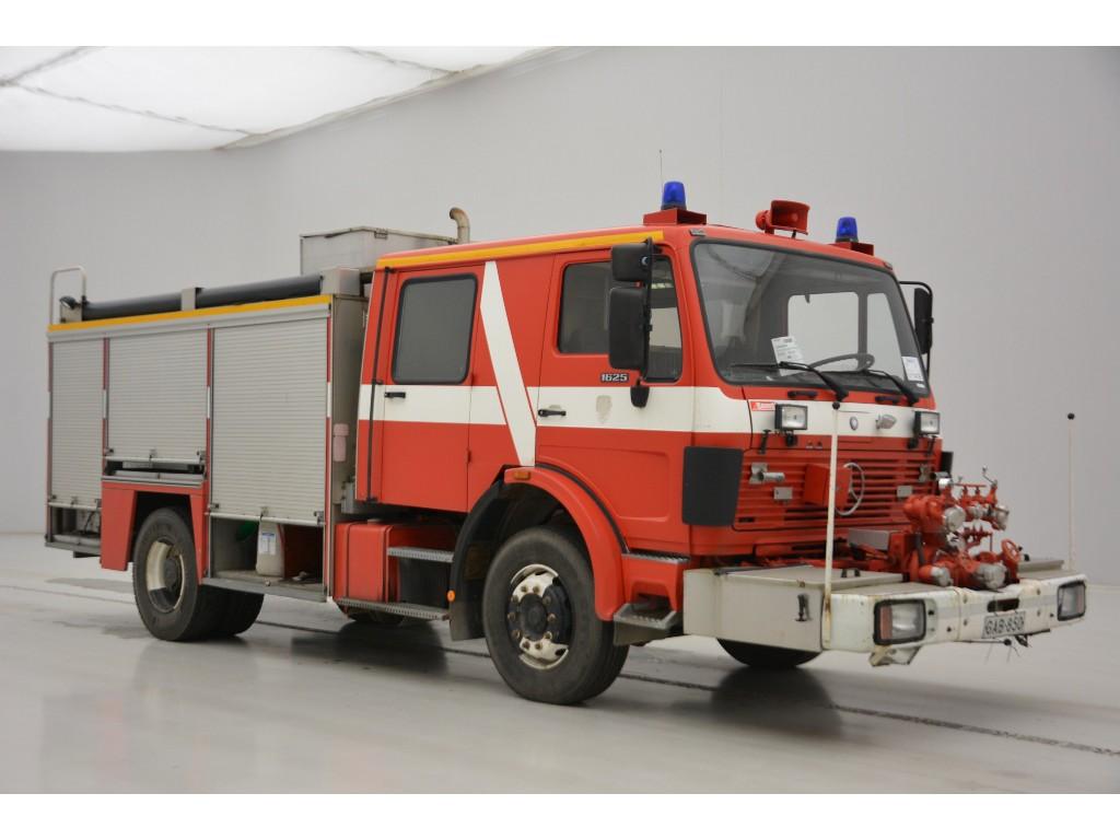 Mercedes-Benz NG 1626