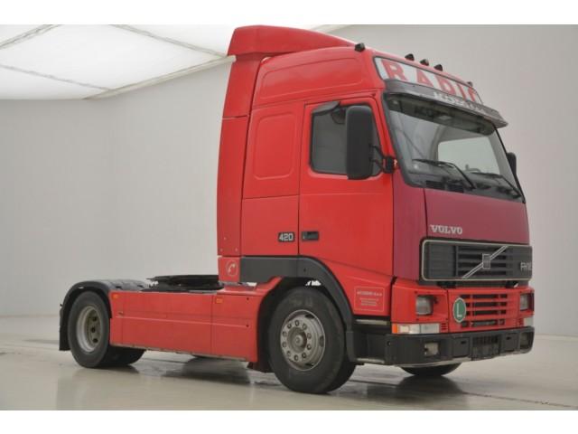 Volvo FH12.420 Globetrotter