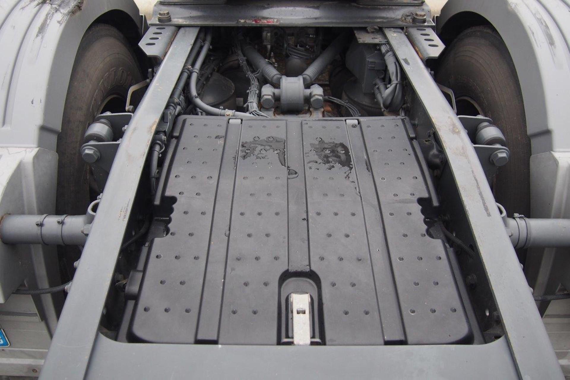 Mercedes-Benz Actros 1844LS Megaspace