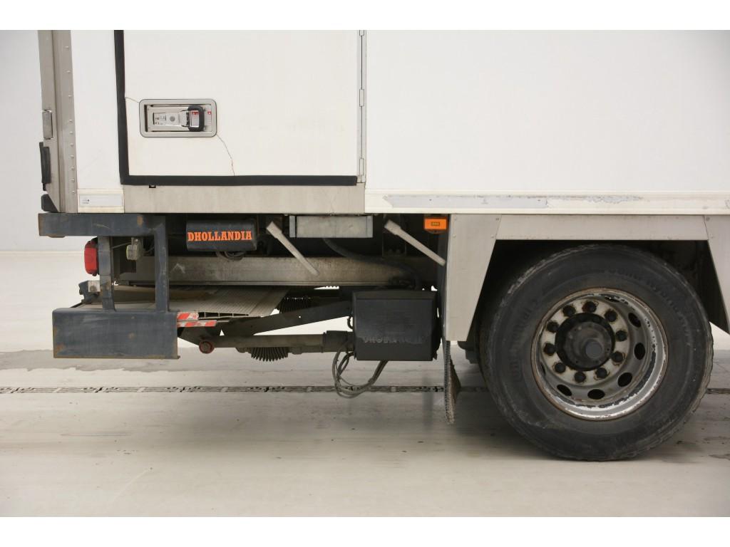 Scania P230 dual-temperature