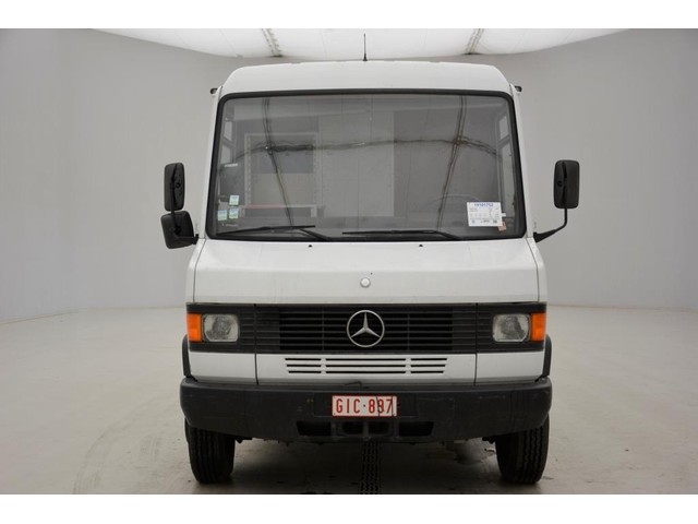Mercedes-Benz 811D - 26784 km