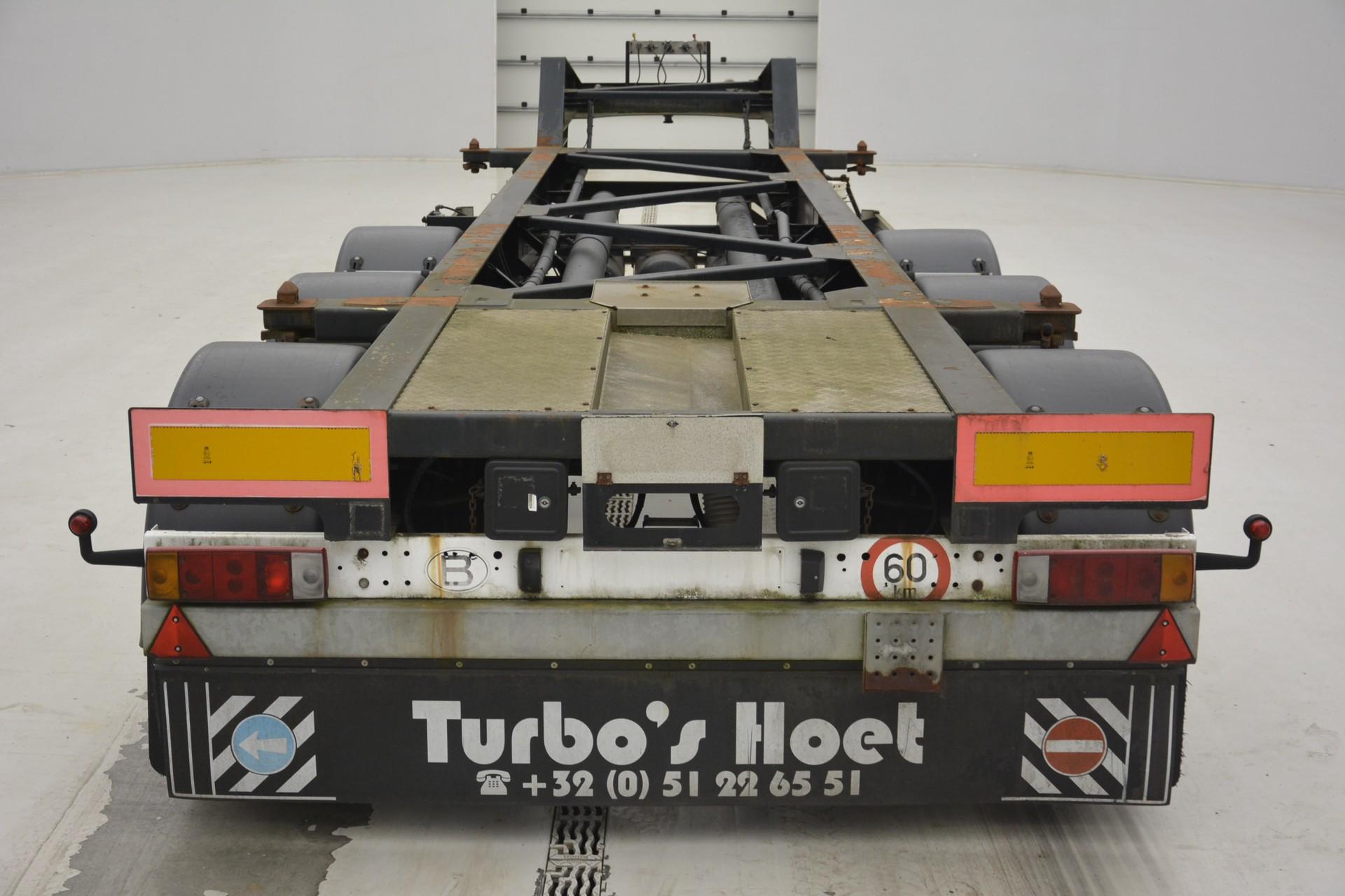 TURBO'S HOET 20 ft skelet