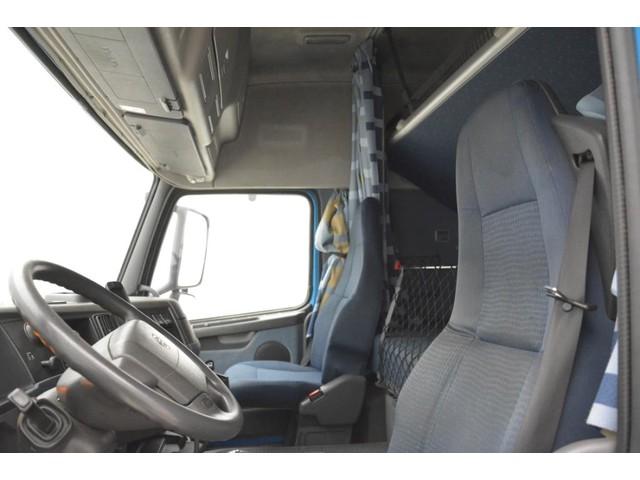 Volvo FH12.400 Globetrotter - ADR