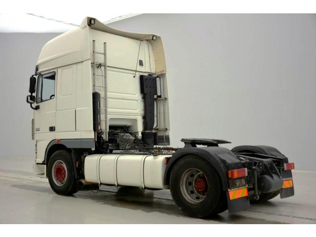 DAF XF105.460 SUPERSPACECAB