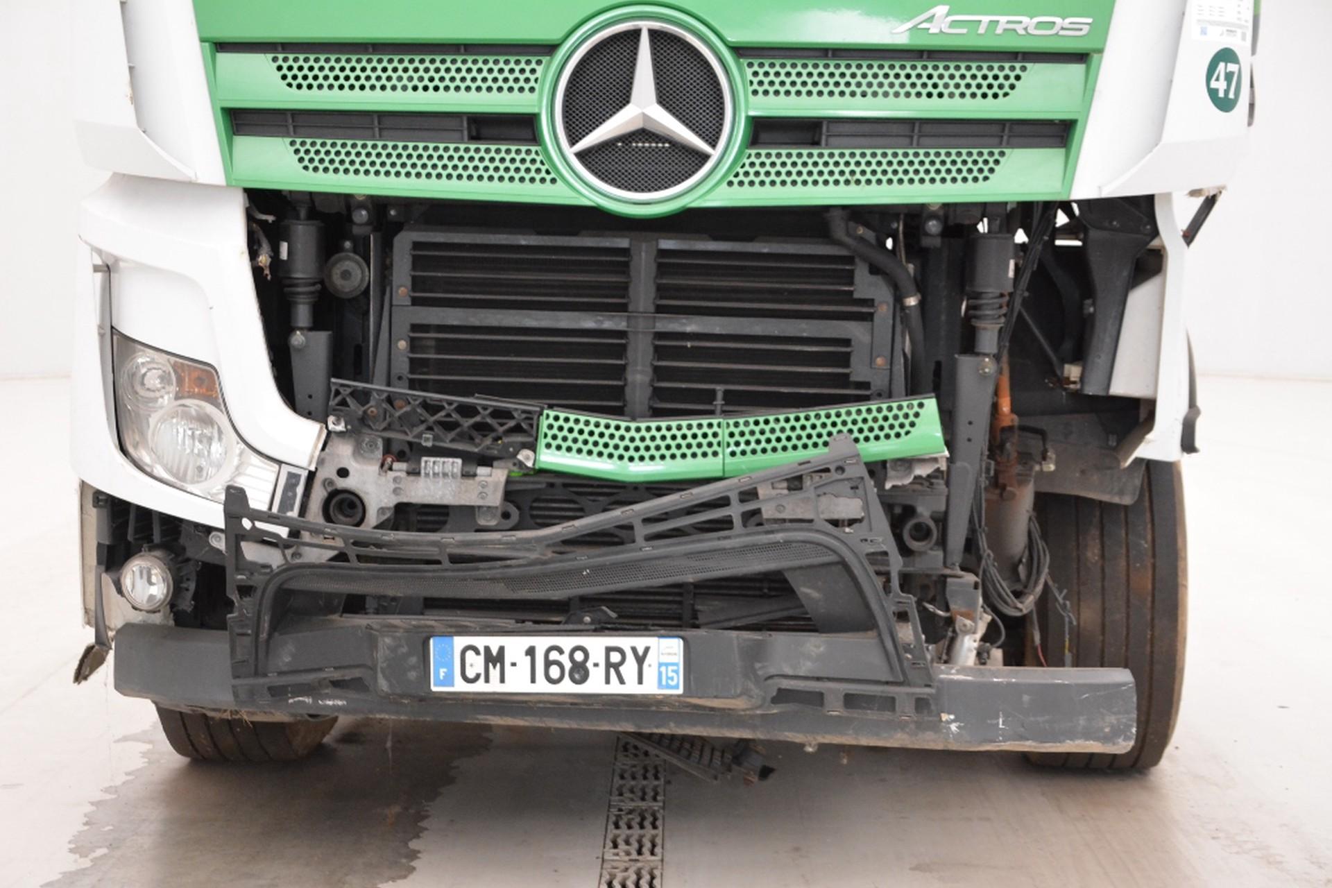 Mercedes-Benz Actros 1945LS