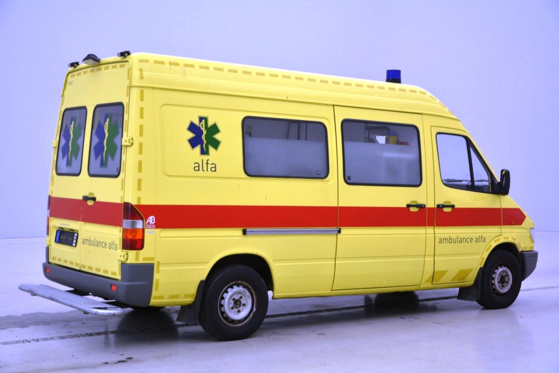 Mercedes-Benz Sprinter 312D Ambulance