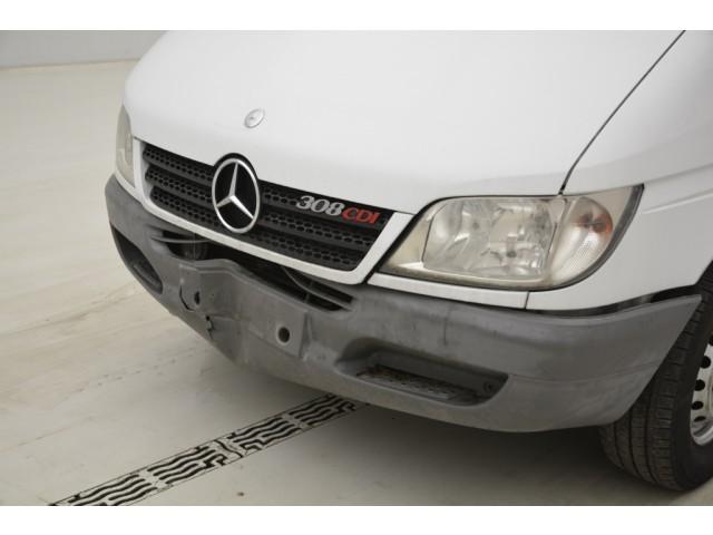 Mercedes-Benz 308