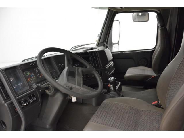 Volvo FH12.380 - Spring suspension