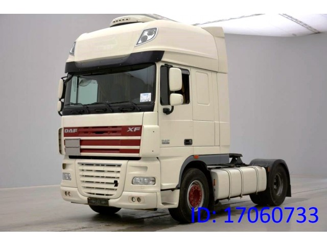 DAF XF105 460 Super Space Cab