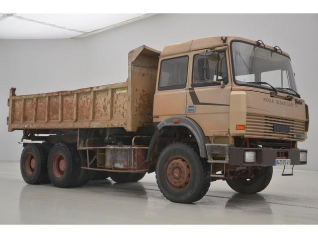 Iveco 260E 30 - 6X4