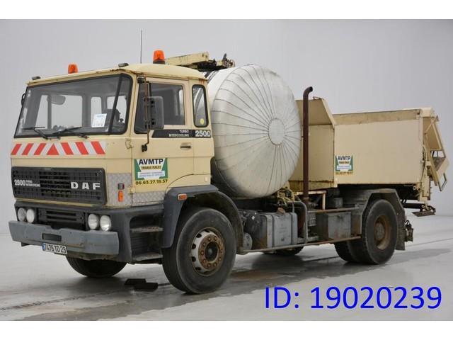 DAF PATA 2500